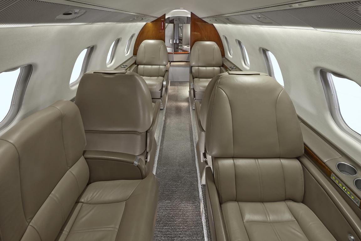 N603GR_LR60_jet-2_seat_normal-3mb
