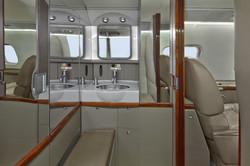 N603GR_LR60_jet-2_lavatory-3mb