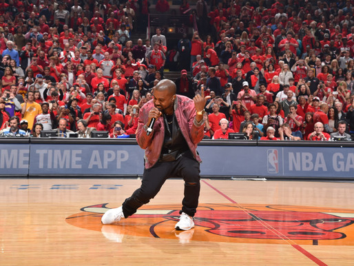 Never Forget When Kanye Took the Mic and Performed During a Timeout