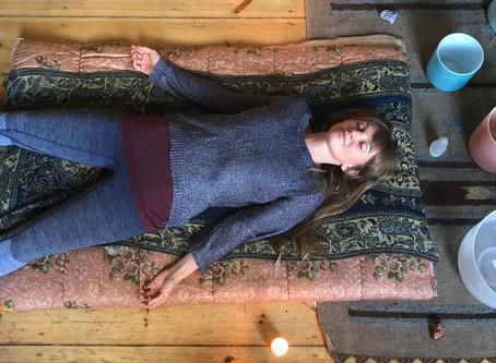 THE ART OF LISTENING- Yin Yoga and Sound Ceremony mit Ewa & Nelli