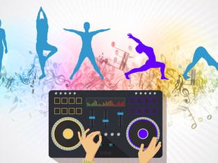 HOT YOGA MEETS LIVE-DJ