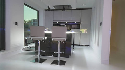 Bespoke Hogh End Kitchen in Penthouse Apartment