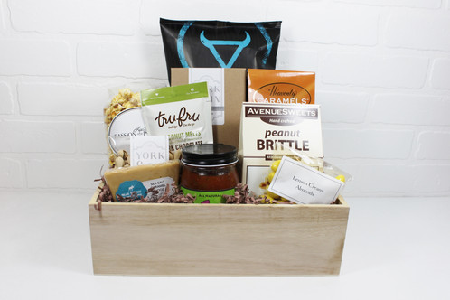 All Utah made products come in this handy wood crate! Laurie's Buffalo Premium corn tortilla chips, Su Salsa artisan salsa, J. Morgan's sea salt vanilla ...