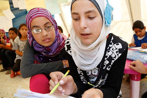 Working_together_to_help_Syrian_refugee_