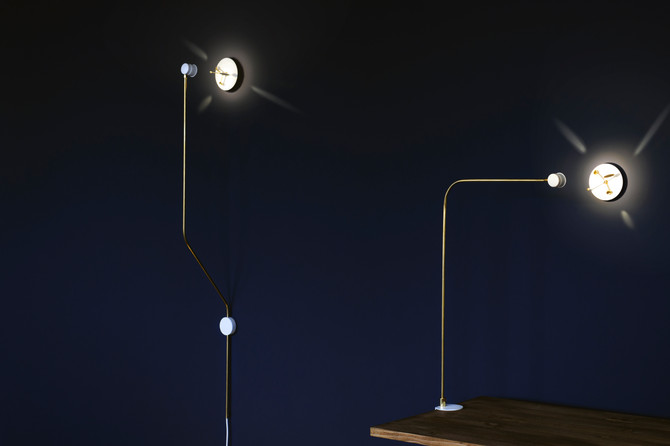 Olive Lab presents Riflesso, their new clock lamp
