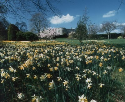 Chirk_castle_sml