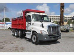 2012 Freightliner_Red and White Dump Tru