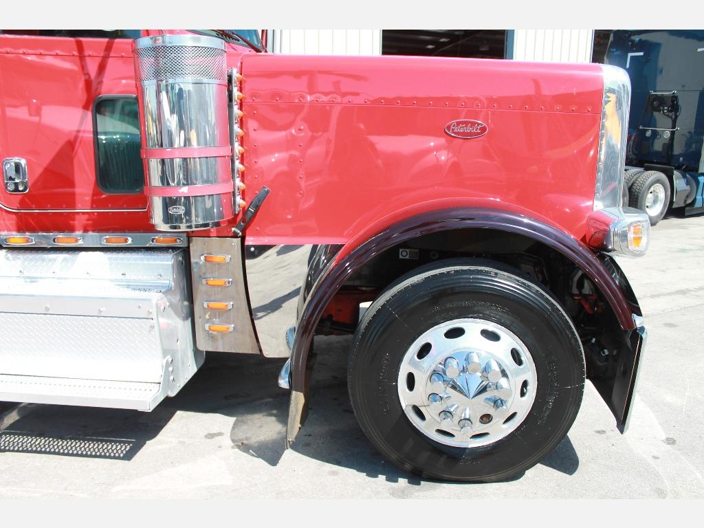 2016 Peterbilt_Truckers Post_1210_9