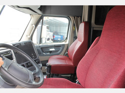2016 Freightliner_Truckers Post Truck Sa