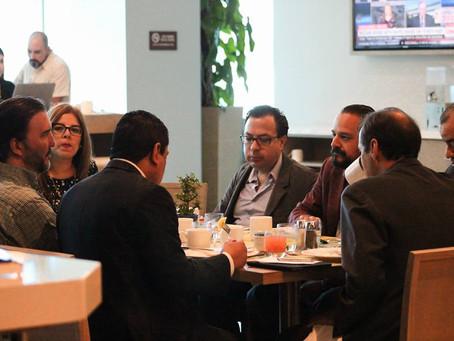 Presidente del Colegio de Abogados de Honduras abogado Jose Maria Diaz Avila, acompañado por el Ex p
