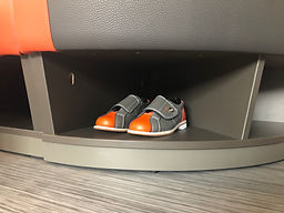 Schuhe in Bank2.jpg