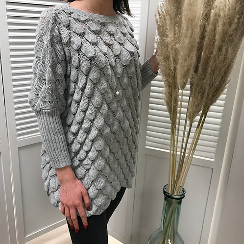 Pull gris coupe loose
