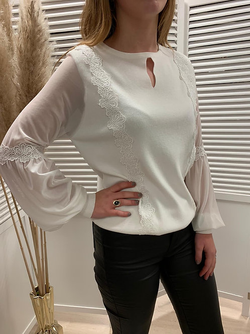 Pull chic manche tulle