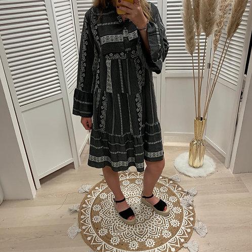 Robe loose