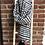 Thumbnail: Écharpe noir & blanc à pompons