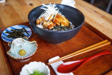 甘辛豆腐丼 / Amakara tofu Don
