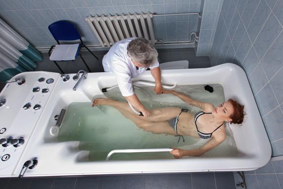 """Гидротерапия в санатории """"Изумруд"""""""