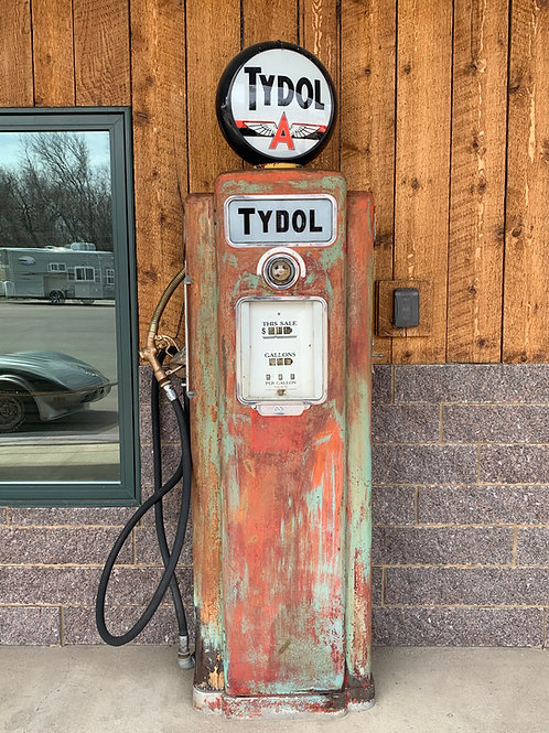 Wayne 70 1937 Tall Gas Pump