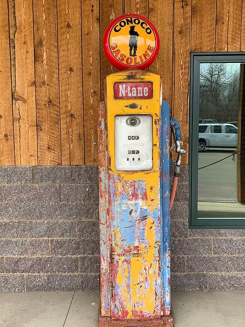 Bennett 541 Tall Gas Pump