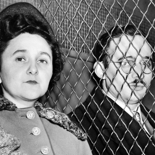 Episode 37 // Cold War Espionage: Julius and Ethel Rosenberg