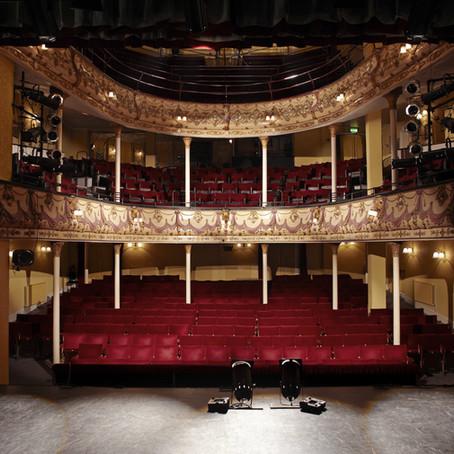 E il teatro era vuoto