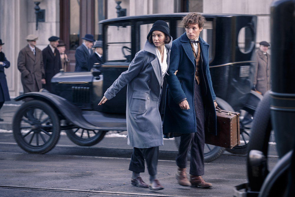 "Katherine Waterston and Eddie Redmayne in ""Fantastic Beasts and Where to Find Them"""