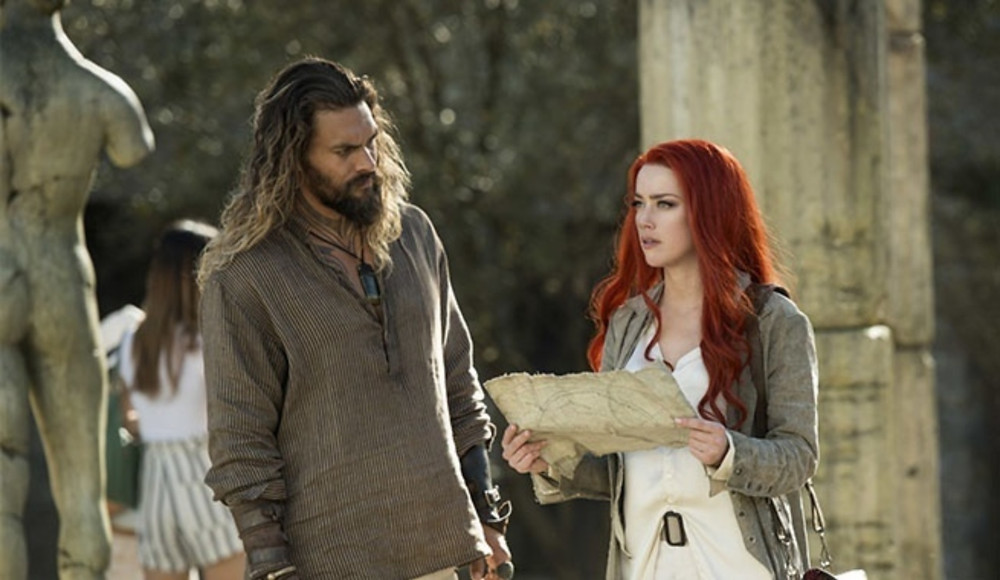 "Jason Mamoa and Aaber Heard in ""Aquaman"""