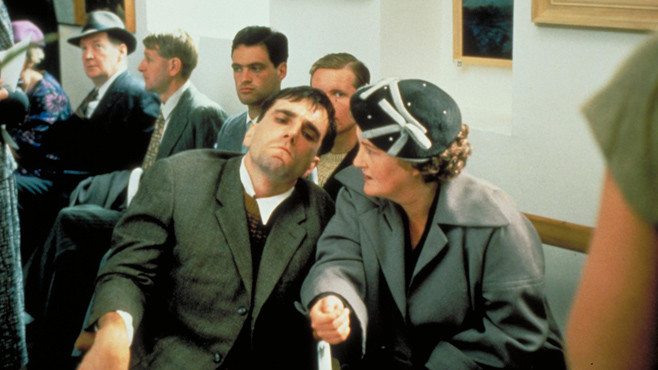 "Daniel Day-Lewis and Brenda Flicker in ""My Left Foot"""
