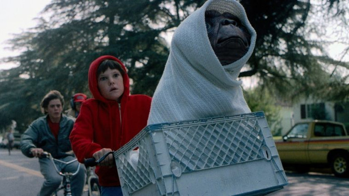 E.T.: The Extra-Terrestrial: The Spielberg Classic Celebrates 35 Years (Blu-ray)