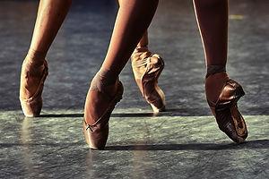 pointe shoes 3.jpg