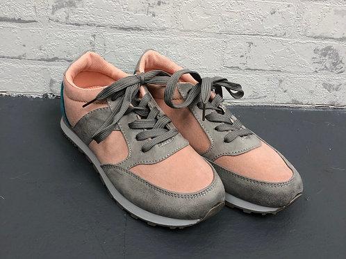 Basic Sneaker