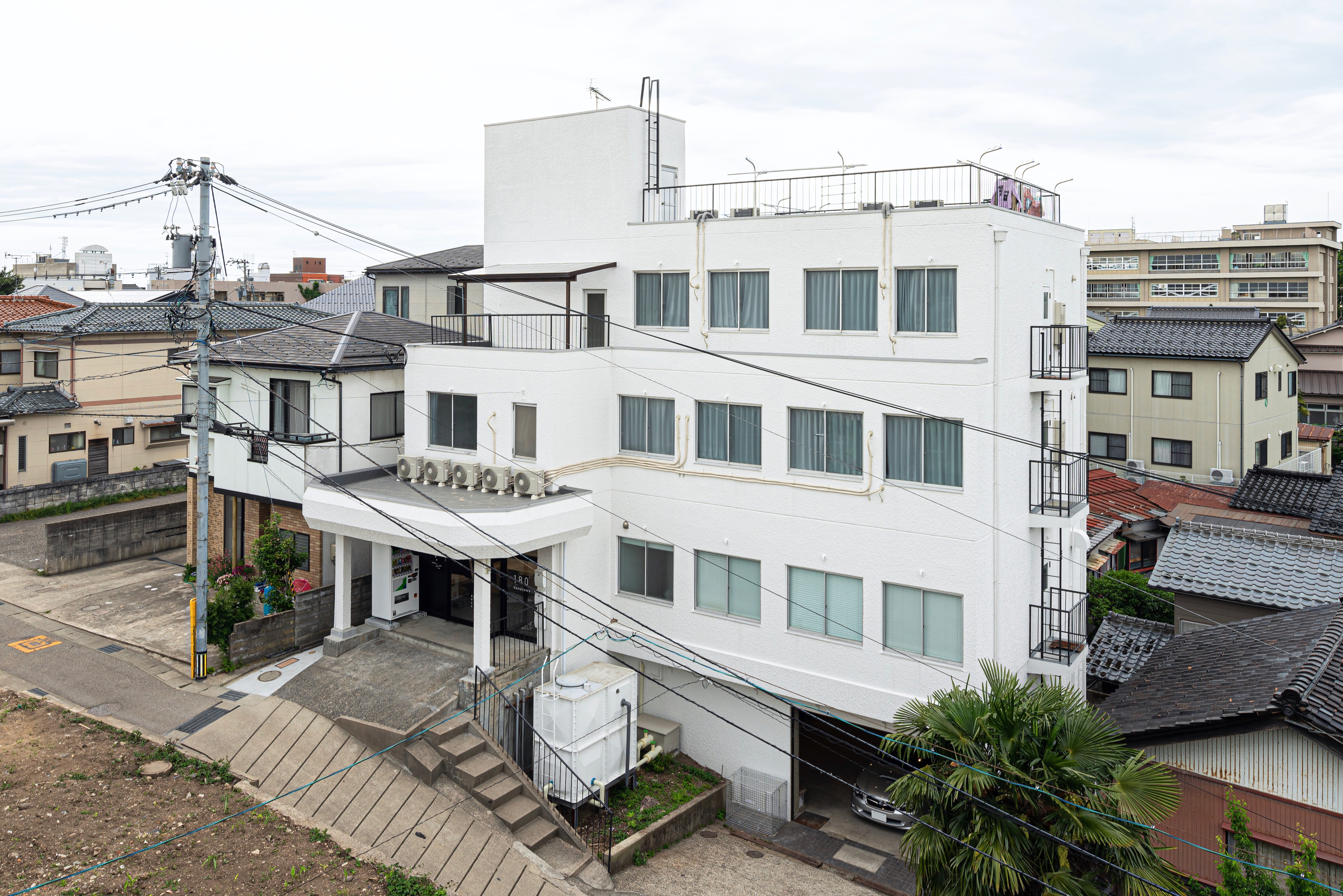 SHARE HOUSE 180° 金沢