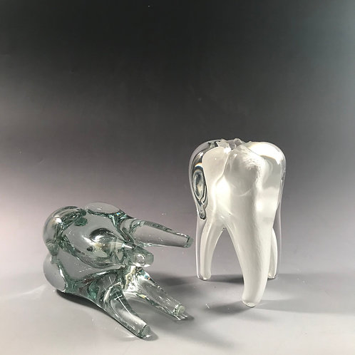 Solid Glass Medium Tooth