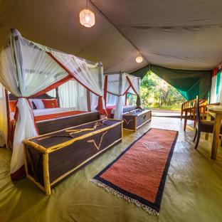 KEN_2018_6FWI_Mara-Legends-Camp_zelt-leg