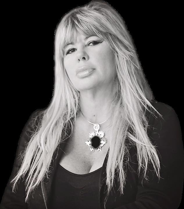 Laura Ellis