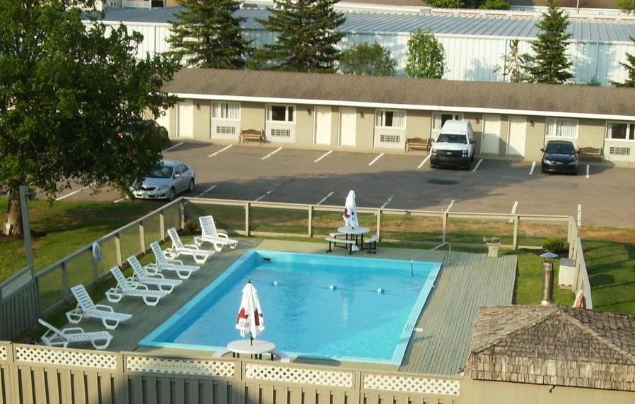 Pool (Facing Hotel)