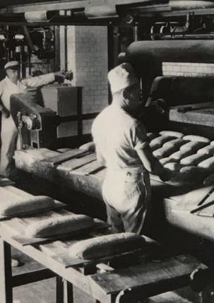 Geschichtsseite 1 Brot Produktion.jpeg