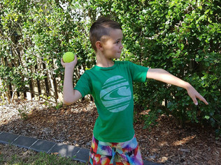 You can teach your child to overarm throw in five easy steps