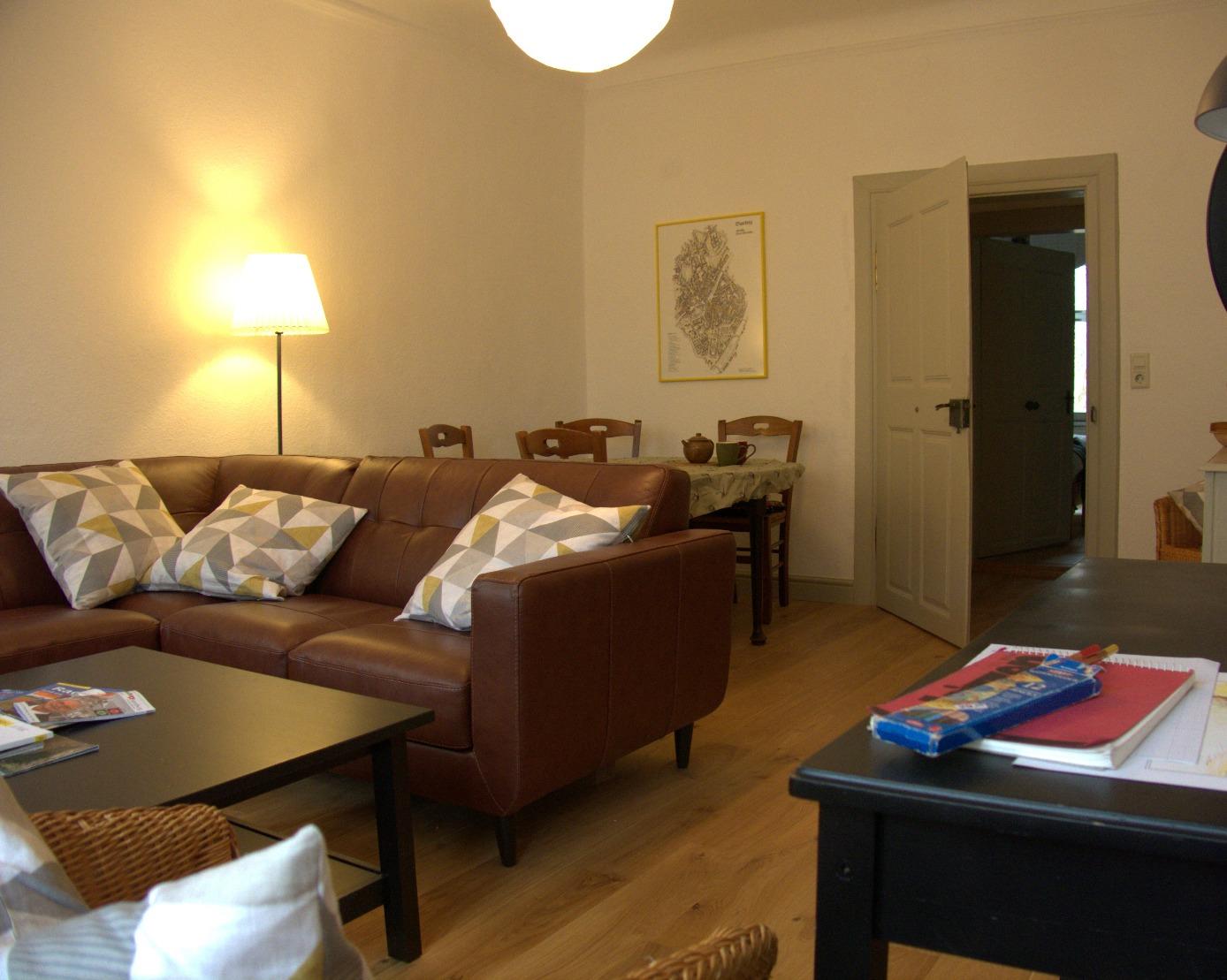 Ferienwohnung Wohnzimmer (Esstisch)