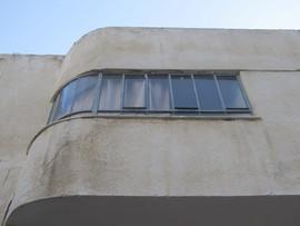 חלונות סרט בבר גיורא 12