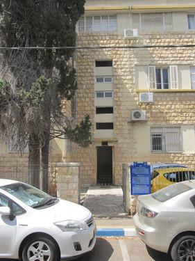 חדר מדרגות בירושלים 12