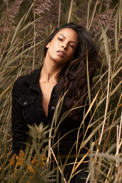 Model: Maria Jimena Osorio Photography: Hamid Khansari