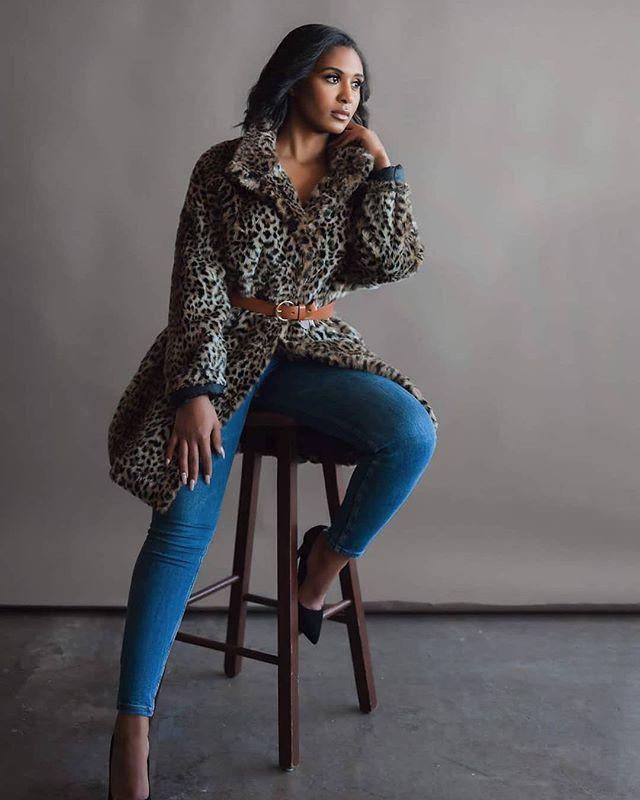 Model: Kay Phorographer: Reina Procee