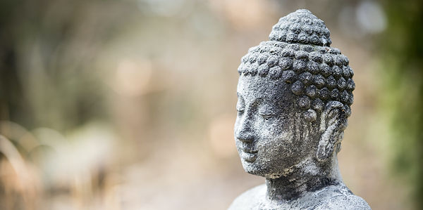 Outdoor%20Buddha%20statue_edited.jpg