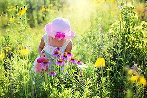 little-girl-2516585_1920.jpg