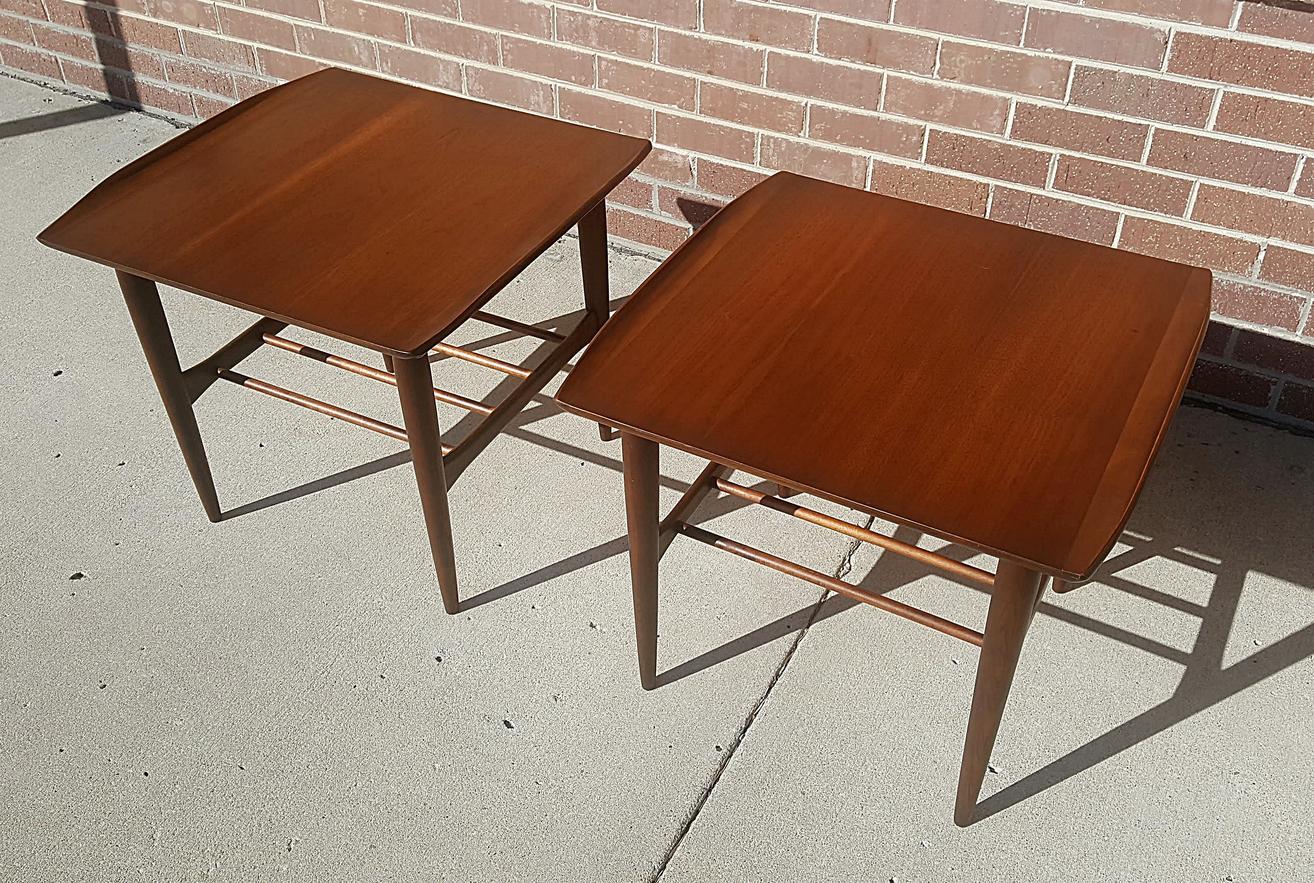 Mid Century Modern Furniture & Home Decor Kansas City