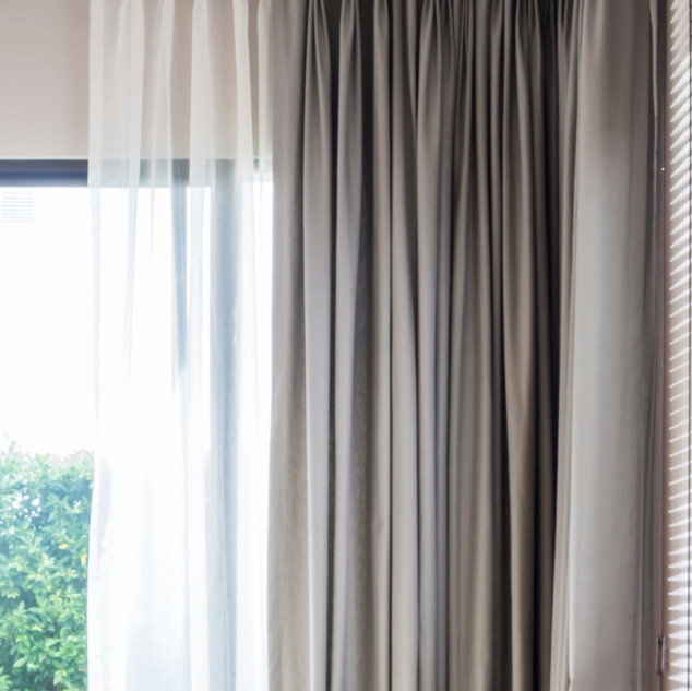 Curtains & Draperies