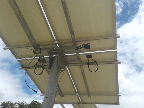 estructuras para paneles solares_conexion a tierra_Colombia