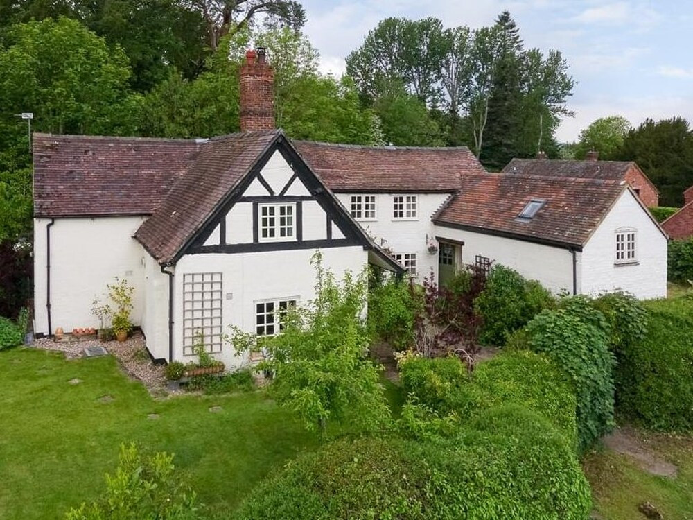 Fancy A Country House? Well You Could Get One For £2!