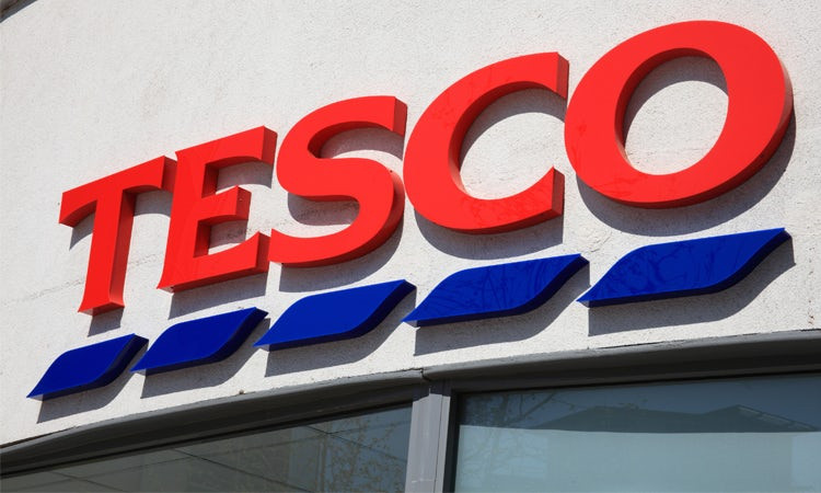 Tesco customers that are looking to do an online grocery shop in time for Christmas can currently get £25 off!